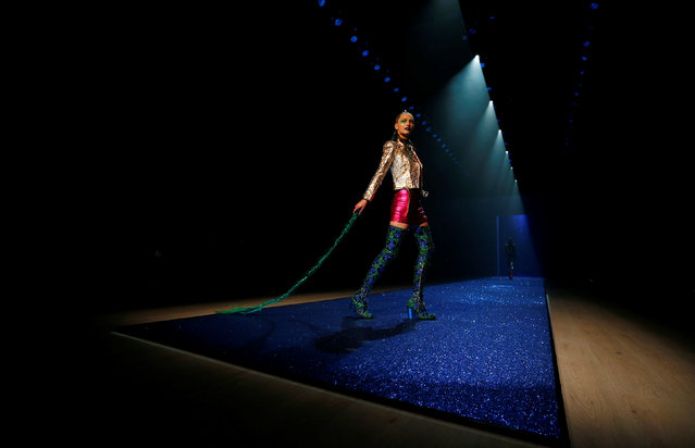 A model presents a creation for the fashion label Discount Universe during Australian Fashion week in Sydney, Australia May 18, 2016. (Photo by Jason Reed/Reuters)