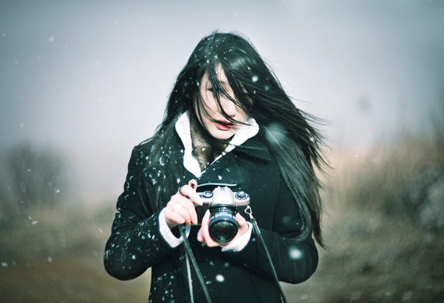 Snowy, girl, photograph. (Photo by Ito Koichi)