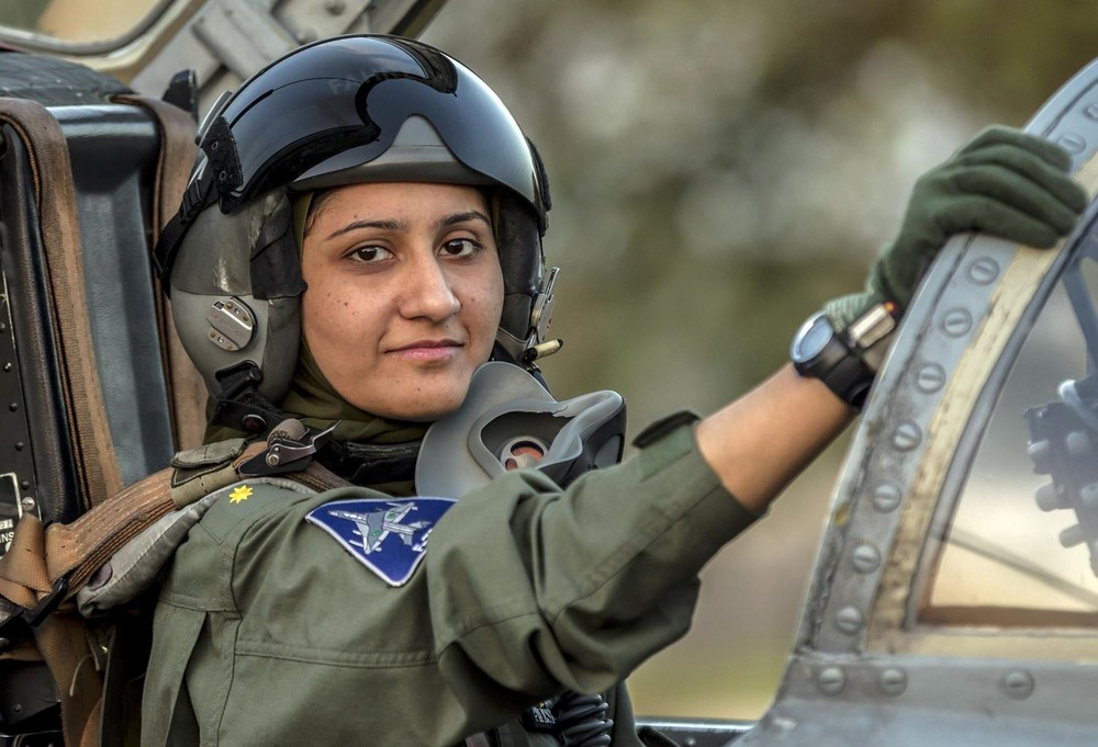 Pakistan's Female Top Gun