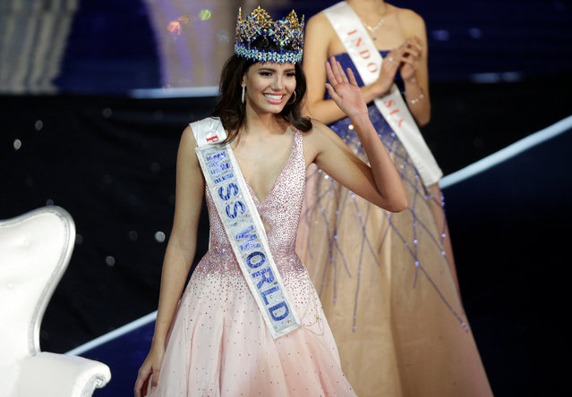 Miss Puerto Rico Stephanie Del Valle waves after winning the Miss World 2016 Competition in Oxen Hill, Maryland, U.S., December 18, 2016. (Photo by Joshua Roberts/Reuters)