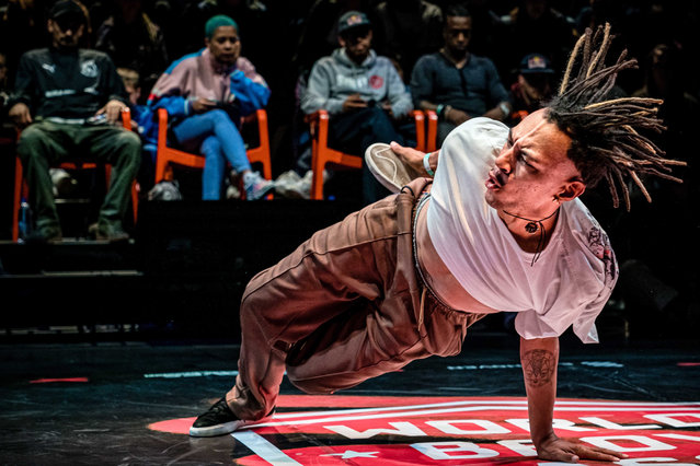 Dancers perform during the Breakdance World Cup in Eindhoven, The Netherlands, 08 September 2019. The winner can call himself World B-Boy Classic champion for a year. (Photo by Rob Engelaar/EPA/EFE)