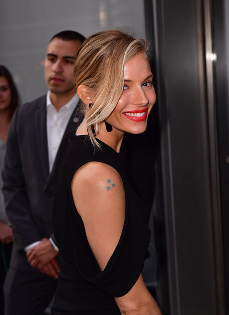 """Sienna Miller arrives to """"The Lost City of Z"""" screening at the Robin Williams Center For Media And Entertainment on April 11, 2017 in New York City. (Photo by James Devaney/GC Images)"""