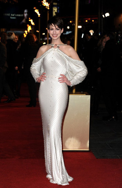 """Anne Hathaway attends the world premiere of """"Les Miserables"""" at Odeon Leicester Square on December 5, 2012 in London, England. (Photo by Fred Duval/FilmMagic)"""