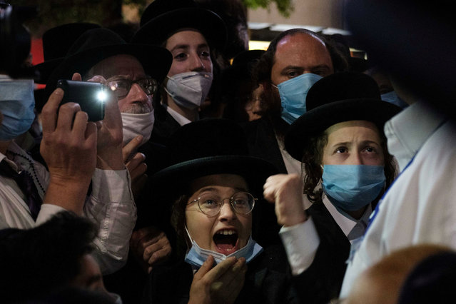 Ultra-Orthodox Jews gather in the Borough Park neighborhood of Brooklyn to protest against coronavirus disease (COVID-19) restrictions in New York, U.S. October 7, 2020. (Photo by Yuki Iwamura/Reuters)