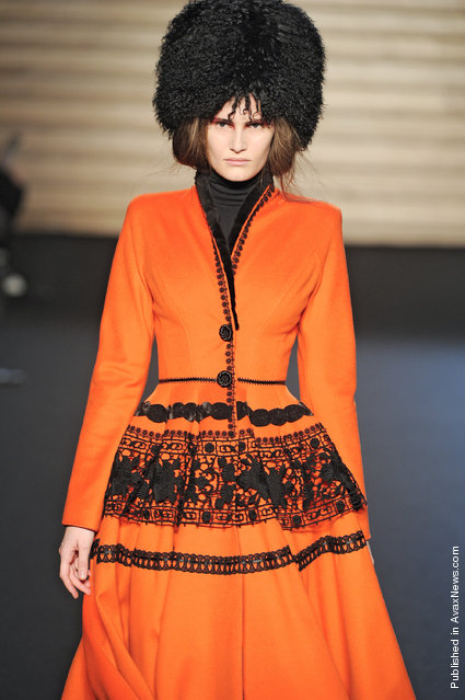 Valentin Yadushkin - Runway RTW - Autumn Winter 2011 - Paris Fashion Week