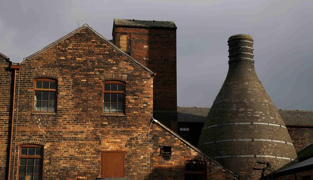 The late afternoon sun shines on the Middleport Pottery factory in Burslem, Stoke-on-Trent, Britain February 10, 2017. (Photo by Carl Recine/Reuters)