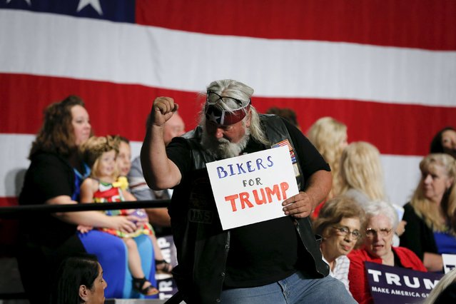 People rally during a campaign event for U.S. Republican presidential candidate Donald Trump in Phoenix, Arizona July 11, 2015. (Photo by Nancy Wiechec/Reuters)