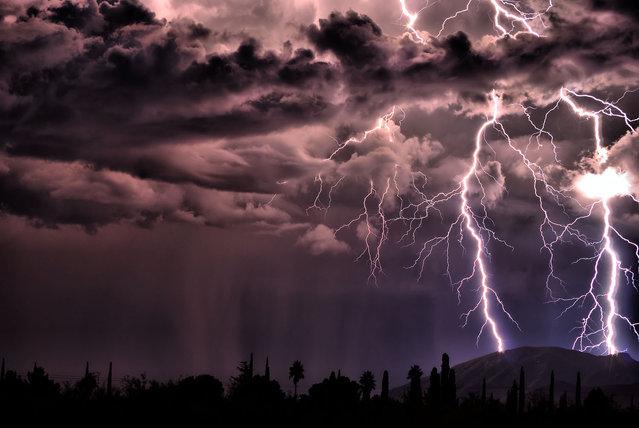 17 Oct., 2009. Lightning strikes the Huachuca Mountians outside Sierra Vista