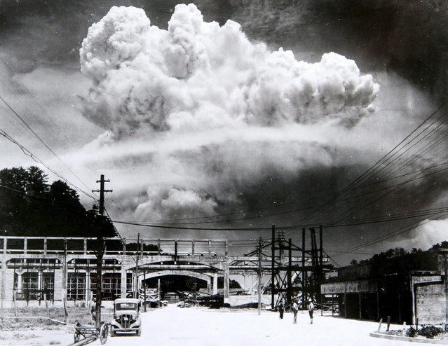 The nuclear bombing of Nagasaki, Japan, 9th August 1945 during world war two. (Photo by: Universal History Archive/UIG via Getty Images)