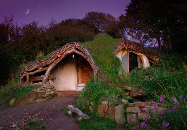Hobbit house by Simon Dale