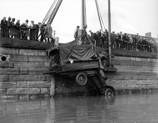 Cudahy Packing Co. truck goes into Fort Point Channel, circa 1930. (Photo by Leslie Jones)