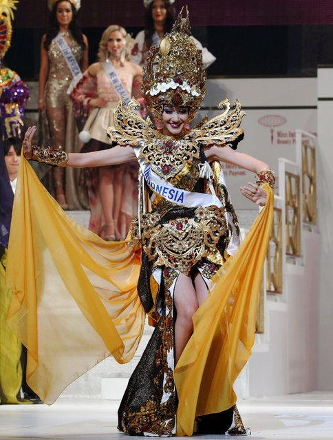 The second runner-up of the Miss International 2016 Felicia Hwang representing Indonesia poses during the 56th Miss International Beauty Pageant in Tokyo, Japan October 27, 2016. (Photo by Kim Kyung-Hoon/Reuters)
