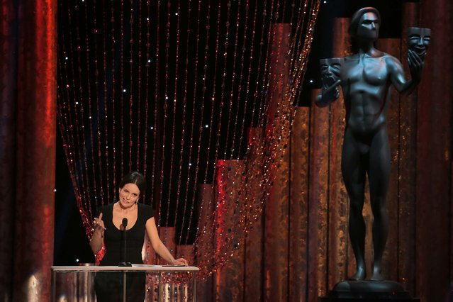 Tina Fey speaks during the program. (Photo by Robert Gauthier/Los Angeles Times/MCT)
