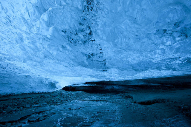 A landscape view of the crystal ice cave in the Vatnajokull Glacier, Iceland. (Photo by Rob Lott/Barcroft Media)