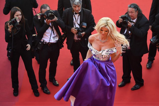 "Actor Victoria Silvstedt attends the ""Okja"" premiere during the 70th annual Cannes Film Festival at Palais des Festivals on May 19, 2017 in Cannes, France. (Photo by Tristan Fewings/Getty Images)"