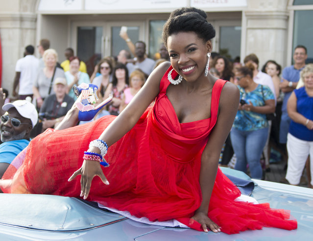 "Miss Washington, D.C. Cierra Dena'e Jackson poses during the 2017 Miss America pageant ""Show Us Your Shoes"" parade Saturday, September 10, 2016, in Atlantic City. (Photo by Chris Szagola/AP Photo)"