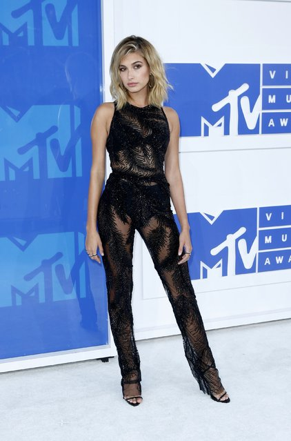 Model Hailey Baldwin arrives at the 2016 MTV Video Music Awards in New York, U.S., August 28, 2016. (Photo by Eduardo Munoz/Reuters)