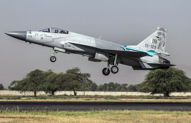 A JF-17 Thunder fighter jet of the Pakistan Air Force takes off from Mushaf base in Sargodha, north Pakistan June 7, 2013. The plane is co-developed by the Aviation Industry Corp of China and the Pakistan Aeronautical Complex, according to local media. (Photo by Zohra Bensemra/Reuters)