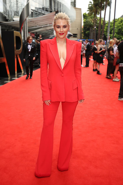 Carissa Walford arrives for the 30th Annual ARIA Awards 2016 at The Star on November 23, 2016 in Sydney, Australia. (Photo by Brendon Thorne/Getty Images)