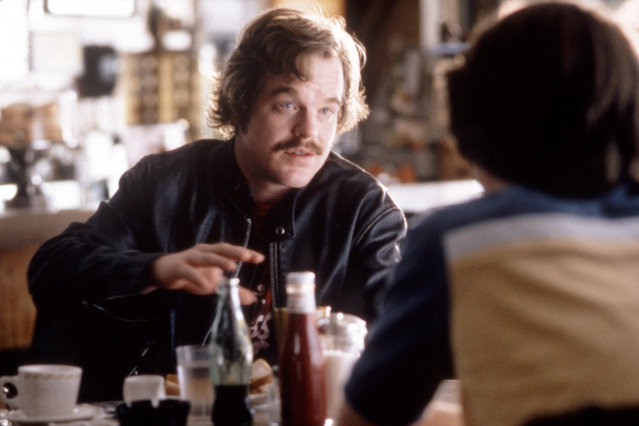 """""""Almost Famous"""", Philip Seymour Hoffman, 2000. (Photo by DreamWorks/Everett Collection)"""