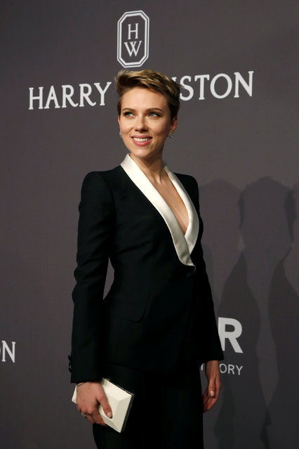 Scarlett Johansson arrives for amfAR's Annual Fashion Week New York Gala in New York City, U.S., February 8, 2017. (Photo by Brendan McDermid/Reuters)