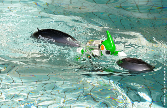 The 'Evolta' swim robot