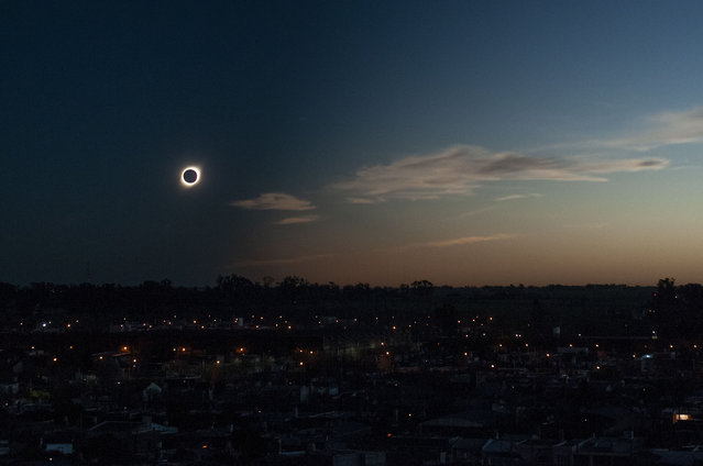 The totality phase of a total eclipse is seen in the little town of Firmat, in the Southwest of Santa Fe Province, Argentina on July 2, 2019. (Photo by Patricio Murphy/ZUMA Wire/Shutterstock)