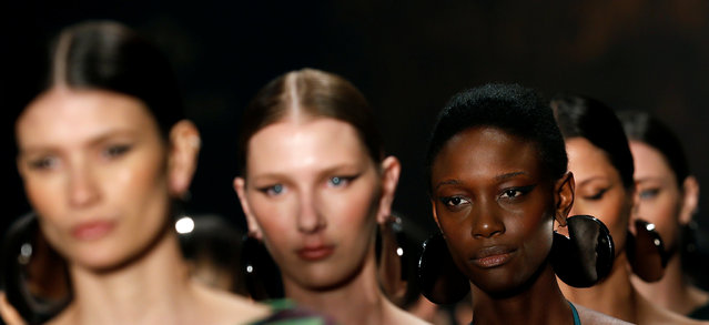 Models present creations from the Agua de Coco por Liana Thomaz collection during Sao Paulo Fashion Week in Sao Paulo, Brazil, April 28, 2016. (Photo by Paulo Whitaker/Reuters)