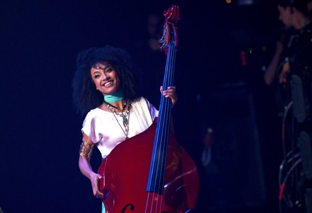 U.S Jazz musician and singer Esperanza Spalding performs at the International Jazz Day concert at the Alicia Alonso Theater in Havana, Cuba, Sunday, April 30, 2017. (Photo by Ramon Espinosa/AP Photo)