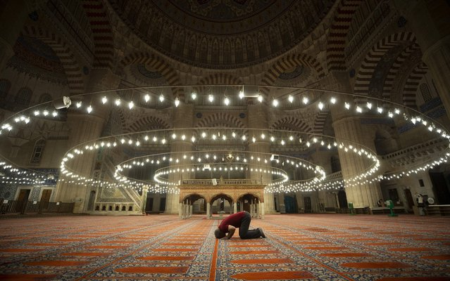 An interior view of empty Selimiye Mosque is seen during coronavirus (Covid-19) pandemic precautions in Edirne, Turkey on May 09, 2020. (Photo by Gokhan Balci/Anadolu Agency via Getty Images)