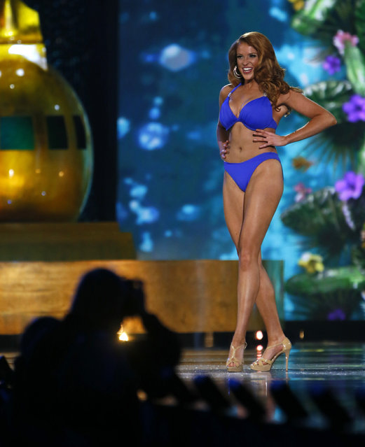 Miss Texas Caroline Carothers during swimsuit competition at the Miss America 2017 pageant, Sunday, September 11, 2016, in Atlantic City, N.J. (Photo by Noah K. Murray/AP Photo)