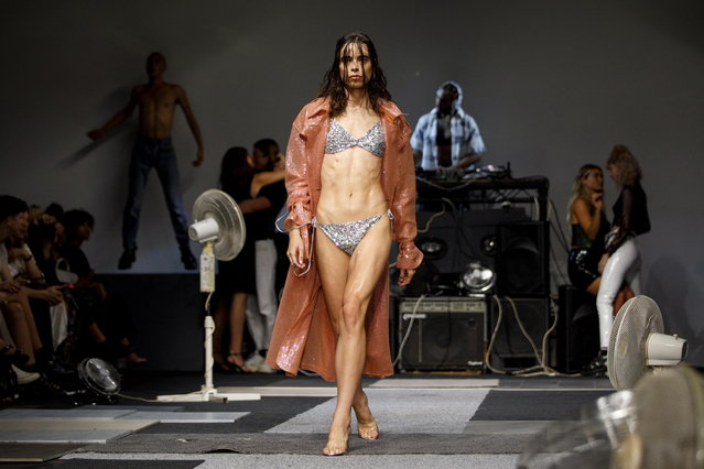 A model presents a creation by Ashish at the London Fashion Week, in London, Britain, 16 September 2018. (Photo by Tolga Akmen/EPA/EFE)