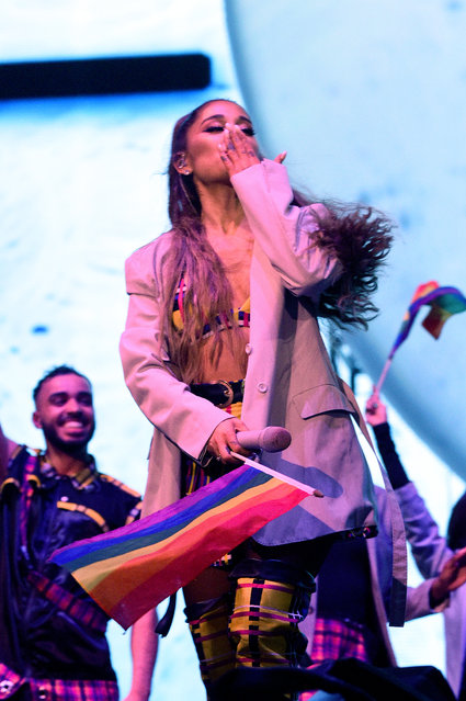 Ariana Grande performs at Lollapalooza at Grant Park on August 04, 2019 in Chicago, Illinois. (Photo by Kevin Mazur/Getty Images for AG)
