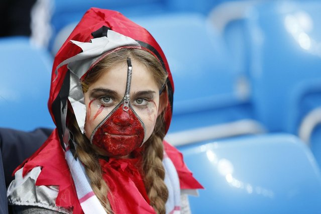 Football, Manchester City vs Norwich City, Barclays Premier League, Etihad Stadium on October 31, 2015: Fan poses in Halloween fancy dress. (Photo by Carl Recine/Reuters/Action Images)