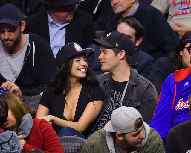 Adam DeVine and Chloe Bridges attend a basketball game between the Oklahoma City Thunder and the Los Angeles Clippers at Staples Center on January 16, 2017 in Los Angeles, California. (Photo by Noel Vasquez/Getty Images)