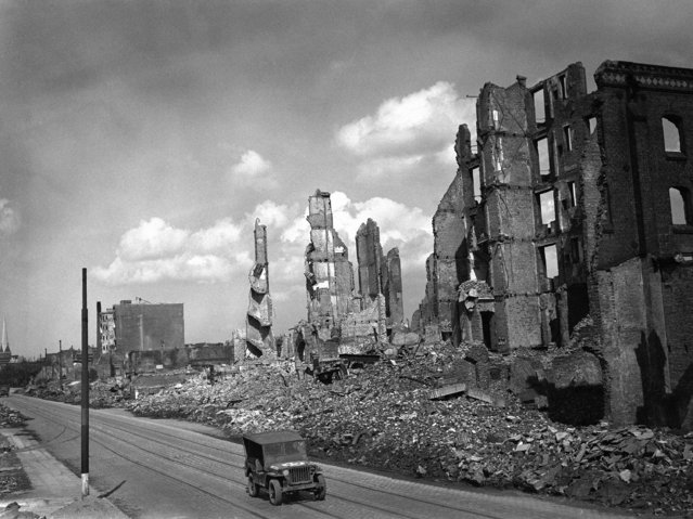 Scene showing some of the devastation to building in the  in the Hamburg docks area, Germany on May 4, 1945. (Photo by AP Photo)