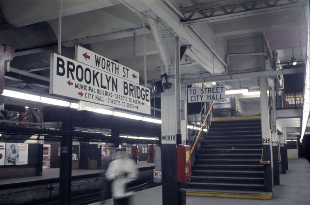 This is the platform at the Worth Street subway station in lower Manhattan, shown during a non-rush hour time, January 7, 1966. (Photo by AP Photo)