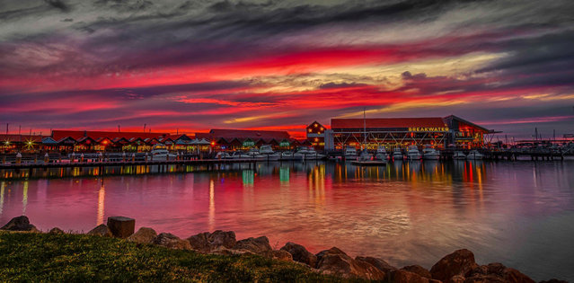 A Beautiful sunset Over Perth Harbor in Australia. (Photo by Oliver Kay/Caters News)