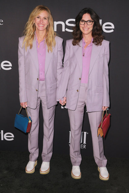 Julia Roberts (L) and Elizabeth Stewart  attend the 2018 InStyle Awards at The Getty Center on October 22, 2018 in Los Angeles, California. (Photo by Rich Fury/Getty Images)