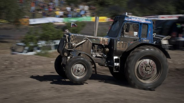 Tractor Racing In Russia