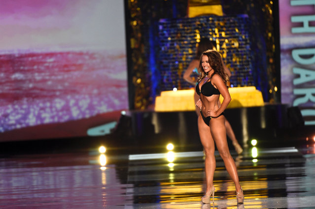 Miss North Dakota Cara Mund competes in the swimsuit competition of the Miss America competition in Atlantic City, New Jersey U.S. September 10, 2017. (Photo by Mark Makela/Reuters)