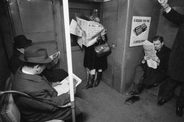New Yorkers who used to complain about the crush of riding the subway during the rush hours have had 12 subway-less days to change their minds, there were no such complaints heard from the passengers of this crowded train, January 13, 1966. Everybody was happy the crippling transit strike was over. (Photo by AP Photo)