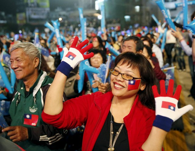 Supporters of Taiwan's ruling Nationalist Party, or Kuomintang (KMT), attend a rally ahead of Taiwan's election on January 16, in Taipei, January 10, 2016. (Photo by Olivia Harris/Reuters)