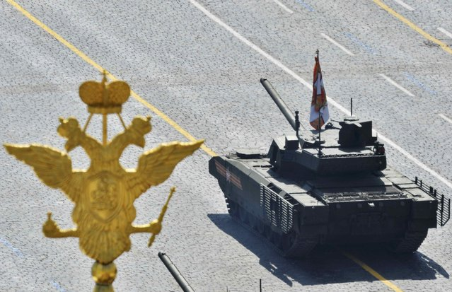 Russian T-14 tank with the Armata Universal Combat Platform drives during the Victory Day parade at Red Square in Moscow, Russia, May 9, 2015. (Photo by Reuters/Host Photo Agency/RIA Novosti)