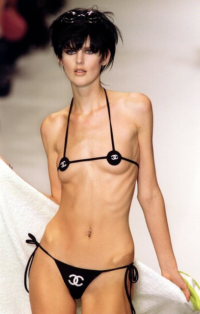 "British model and fashion designer Stella Tennant in Chanel Swimwear, collection Automne-Hiver 1995-96 at Paris Fashion Show in Paris on  October 20, 1995. Stella Tennant, one of the most renowned catwalk models and cover-stars of the 1990s, has died aged 50, her family announced on December 23, 2020. ""It is with great sadness we announce the sudden death of Stella Tennant on 22nd December 2020"", the statement said. (Photo by Neville Marriner/ANL/Rex Features/Shutterstock)"