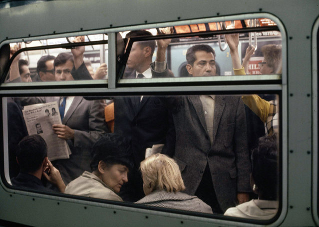 New York City subway train packed with commuters during rush hour in 1966. (Photo by AP Photo)