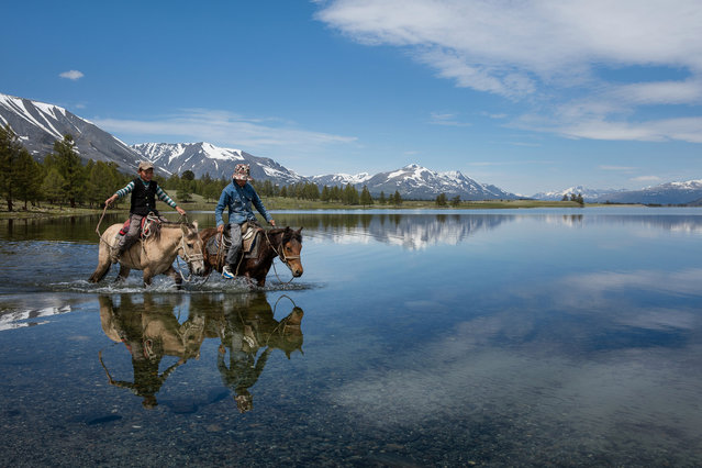 Joel said documenting the Kazakh nomad summer migration was really an epic journey – a time travel journey – and at the same time was possible to get an understanding of how the balance of nature is still possible in Altai Mountains, Mongolia, June 2015. (Photo by Joel Santos/Barcroft Images)