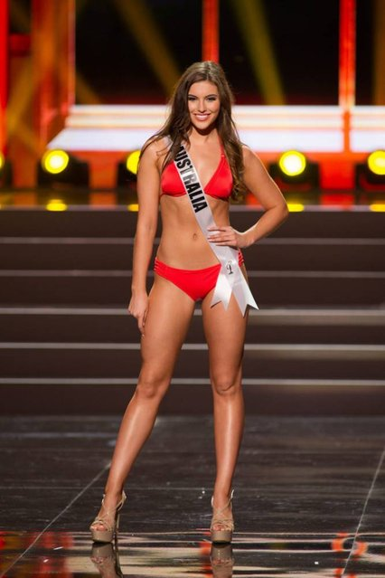 A handout picture provided by the Miss Universe Organization shows Olivia Wells, Miss Australia 2013, competing in the swimsuit competition during the Preliminary Competition at the Crocus City Hall, in Moscow, Russia, 05 November 2013. (Photo by Darren Decker/EPA)