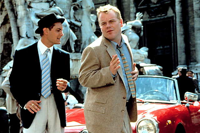 """""""The Talented Mr. Ripley"""", Jude Law, Philip Seymour Hoffman, 1999. (Photo by Courtesy Everett Collection)"""