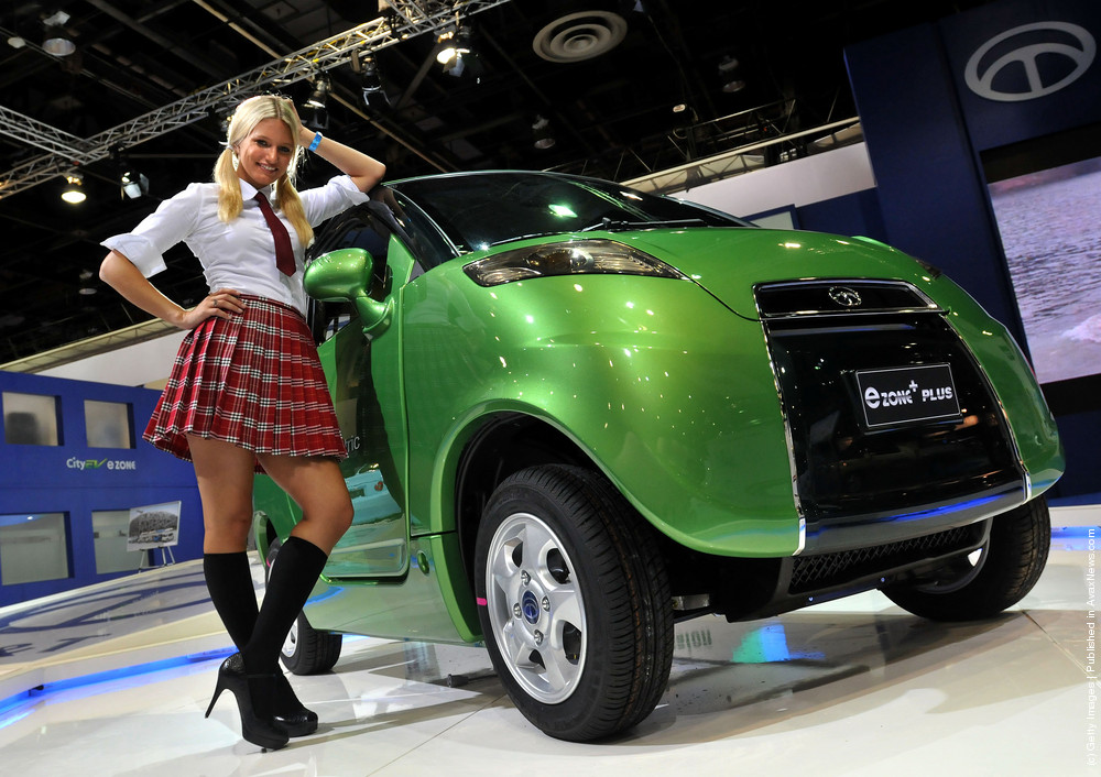 Sexy Models On Auto Shows. Part II